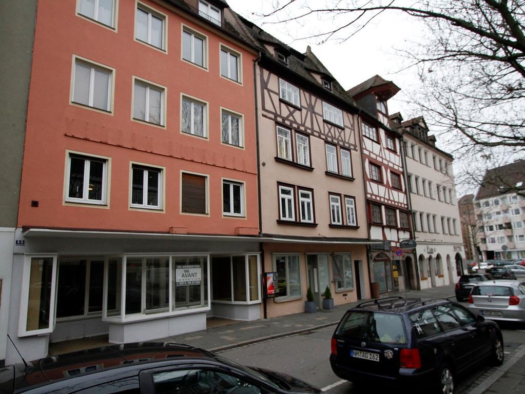 LOKALES Foto: Eduard Weigert Datum: 21.1.15.. für die Serie Voher - Nachher Mein Platz, meine Straße, meine Stadt  hier: Augustinerstraße