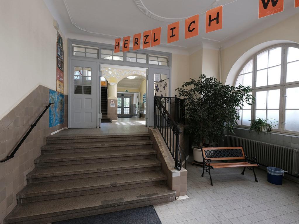 Anzeiger..Foto: Guenter Distler..Motiv: Schule Paniersplatz