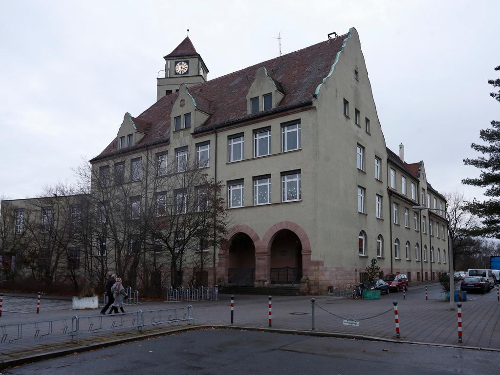 Nuernberg, 22.12.2013 Thusnelda Schule , Aussenaufnahme Ressort: Lokales Foto: Stefan Hippel ..