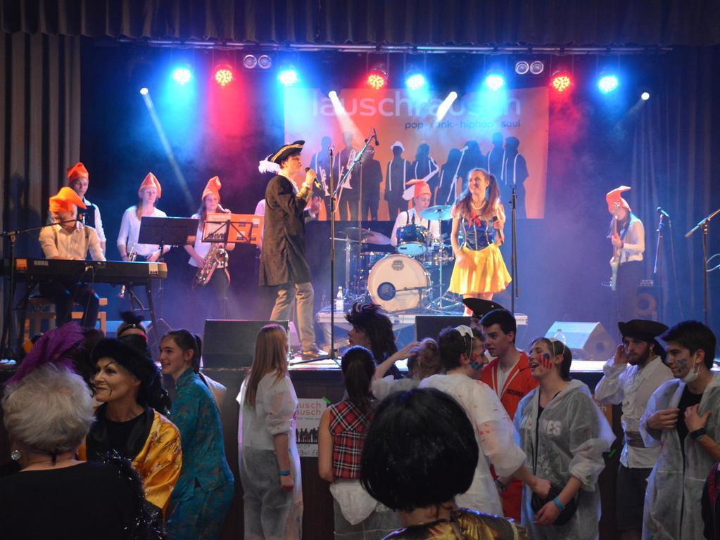 Der Lumpenball fand als eine der traditionsreichen gesellschaftlichen Veranstaltungen noch einmal in der Jahn-Kulturhalle statt. Doch der Aufwand für die Ausrichtung derlei Ereignisse übersteigt mittlerweile den Zuspruch.