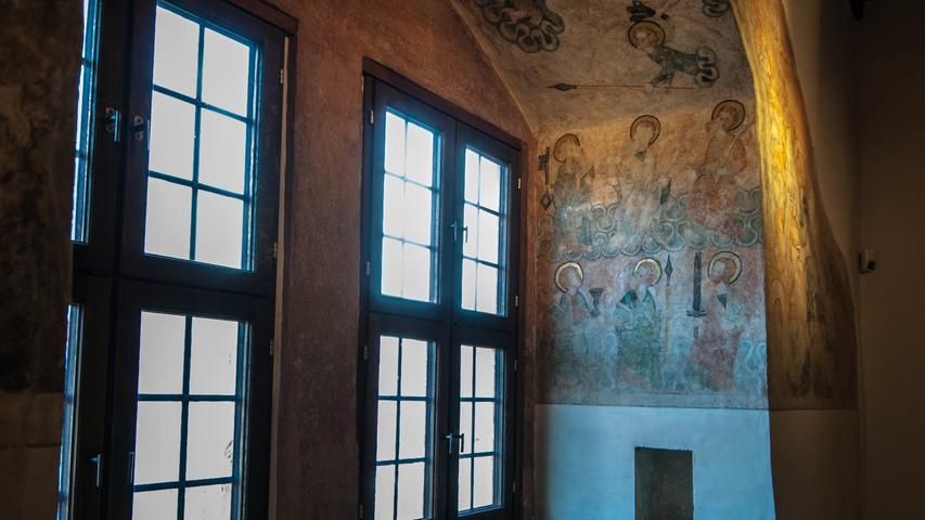 Eine energetische Sanierung braucht die Kaiserpfalz nicht. Ihre Mauern sind bis zu zwei Meter dick und lassen kaum einen Windhauch durch. In Zeiten ohne moderne Temperierungsanlage kam man im Sommer nicht ins Schwitzen, im Winter dafür umso mehr ins Frieren.