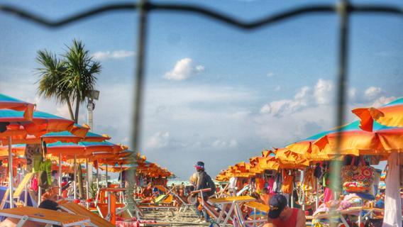 Auf einer Reise in die Emilia Romagna blicken wir hinter die Kulissen eines Strandbades