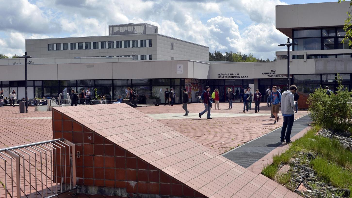 Die Lehrgebäude im Südgelände sind lediglich ein Standort der TechFak.