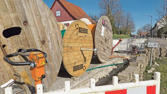 Auernheim: Windpark ade, Kanalbau tut weh