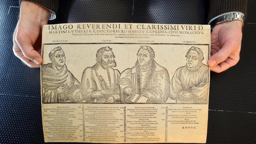 Flugblätter, ein zu seiner Zeit noch recht neues Massenmedium,  gehörten auch zu Dürers Schaffen. Hier zu sehen ein Flugblatt mit der Darstellung des Reformators Martin Luther.