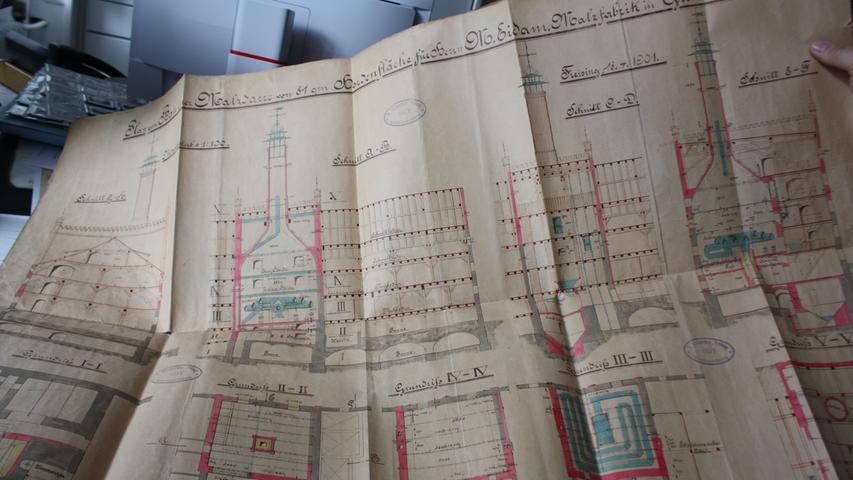 1901 wurde die Eidamsche Malzfabrik aufwändig umgebaut. Die Pläne eines Freisinger Architekten sind im Stadtarchive Gunzenhausen erhalten.
