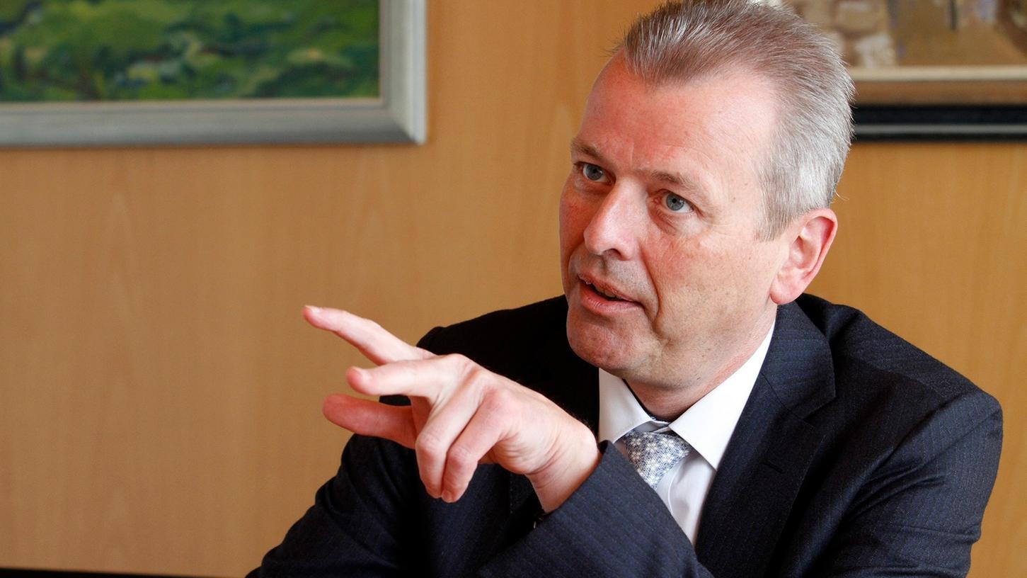 Nürnbergs Oberbürgermeister Ulrich Maly äußert sich im Interview mit den Nürnberger Nachrichten über eine mögliche Uni im Süden der Stadt.