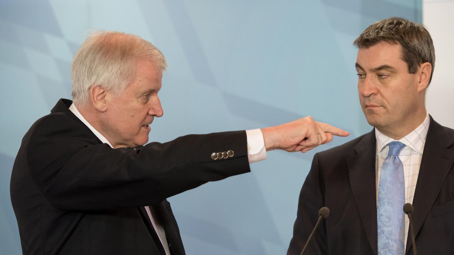 Lass das mal den Papa machen: Ministerpräsident Horst Seehofer kümmert sich nun höchstpersönlich um die