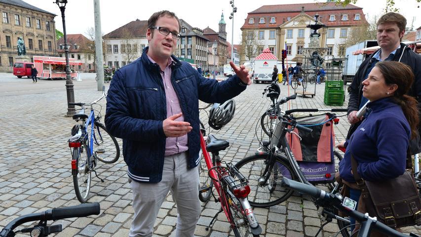 Mit und 300 Followern weniger als sein Kollege Thomas Jung erreicht Florian Janik mit 7.131 Social Media-Fans Platz 7 im Ranking. Der Oberbürgermeister von Erlangen twittert nicht nur fleißig, er versorgt seine Anhänger auch mit vielen Bildern von kommunalpolitischen Terminen oder auch mit Selfies aus dem Urlaub.