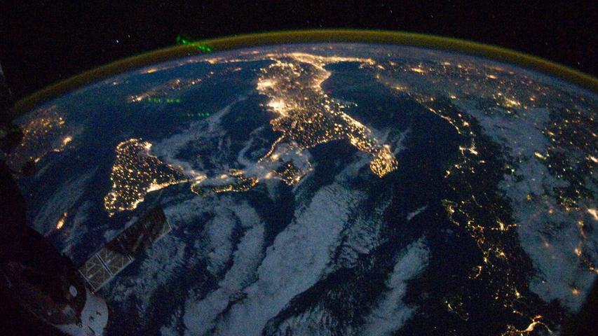 ... in Italien und Südkorea. Am niedrigsten ist die Lichtverschmutzung in Kanada und Australien.