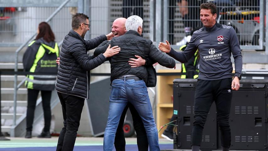 Am 31. Spieltag zeigte der Club dann eine erste Halbzeit, wie sie kaum einer erwartet hätte. Gegen den VfB Stuttgart, zu diesem Zeitpunkt Tabellenführer der 2. Liga, spielte der FCN einen aufregenden und cleveren Konterfußball, der die Schwaben auf dem falschen Fuß erwischte. Mit einer 2:0-Führung ging der fränkische Altmeister in die Pause.