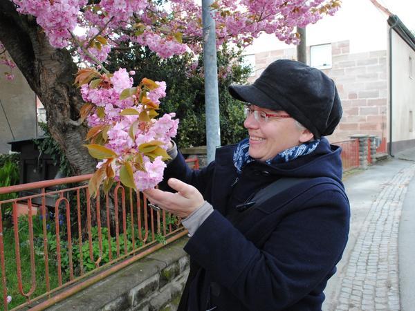 Gabriele Pietsch; Alt-Limbach; Schwabach; Foto: Thomas Correll; 18. April  2017.Schwabach Limbach Samson Stadtteil Porträt; Foto: Thomas Correll; 18.  April 2017. Alt-Limbach, Gabriele Pietsch.
