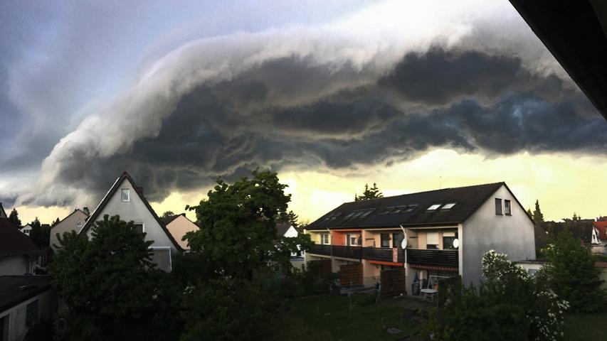 Wolke über Nürnberg