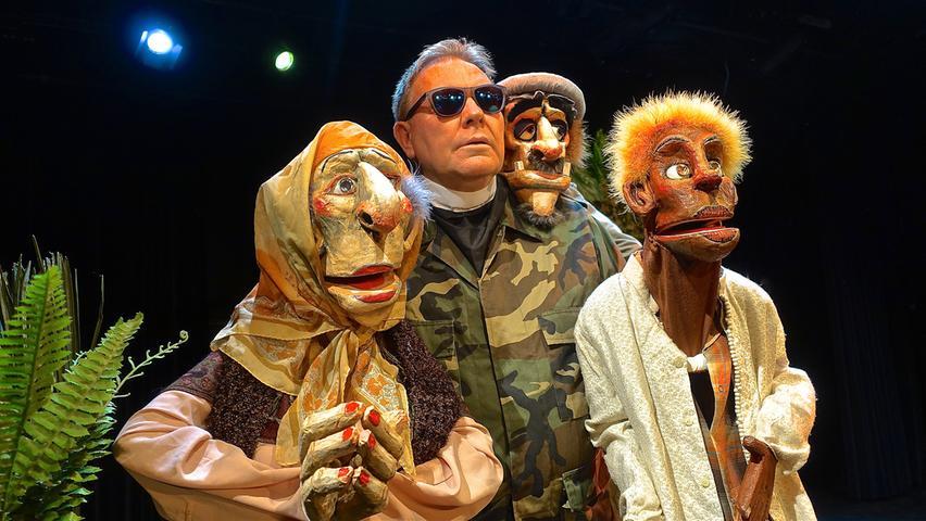 Ein Figurentheater-Festival ohne Neville Tranter ist eigentlich nicht mehr vorstellbar. Diesmal zeigt er