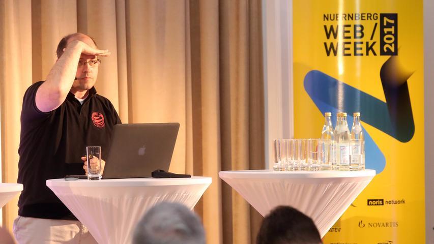 Motiv: Fake News Night (im Rahmen der Web Week) im Museum für Kommunikation ....Web-Experte Ernst Schulten.. ....Datum: 20.05.2017.. ..Fotograf: Roland Fengler....Ressort: Lokales ....Exklusiv