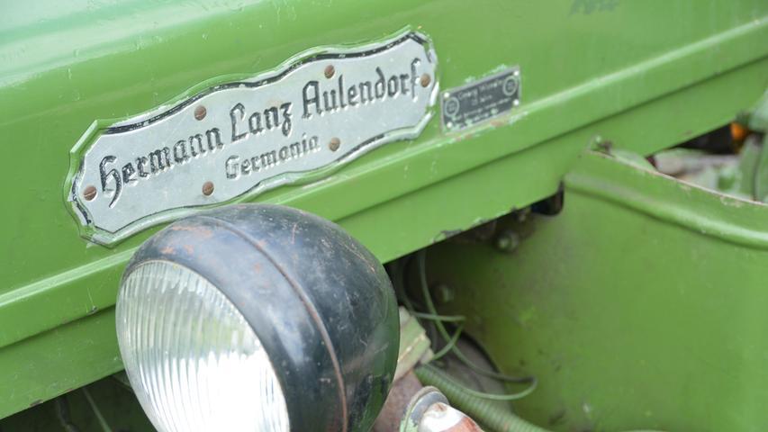 1. Kersbacher Bulldog-Treffen Traktoren aus nah und fern Foto: Alexander Hitschfel Datum: 22052017
