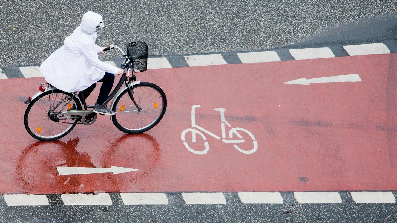 Falschparker, Radweglücken und gefährliche Hauptstraßen: In Nürnberg sind Radwege ein gefährliches Pflaster. Das möchte die Initiative