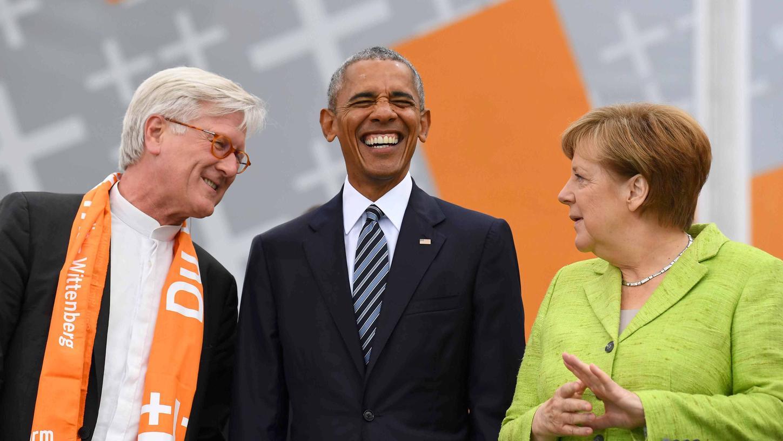 Es ging harmonisch zu auf dem Evangelischen Kirchentag in Berlin. Doch mit seinem Anliegen beim Thema Abschiebungen blitzte der EKD-Vorsitzende Heinrich Bedford-Strohm bei Kanzlerin Angela Merkel ab.