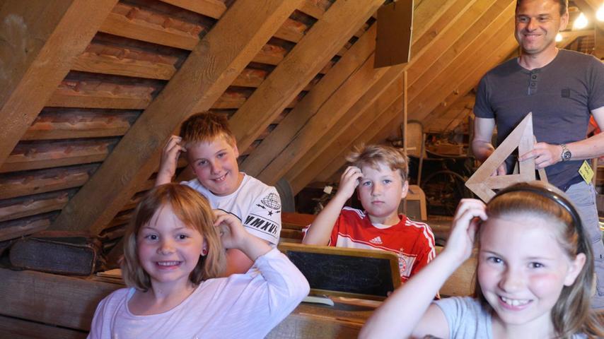 FOTO: 31.5.2017; Babett Guthmann MOTIV: Jubiläum Bauernmuseum Gundelsheim; großes Fest BU: Das Bauernhofmuseum in Gundelsheim ist ein richtiges Kleinod. Mit einem großen Fest und einem Markt feierte der ganze Ort nun das 25-jähriges Jubiläum.