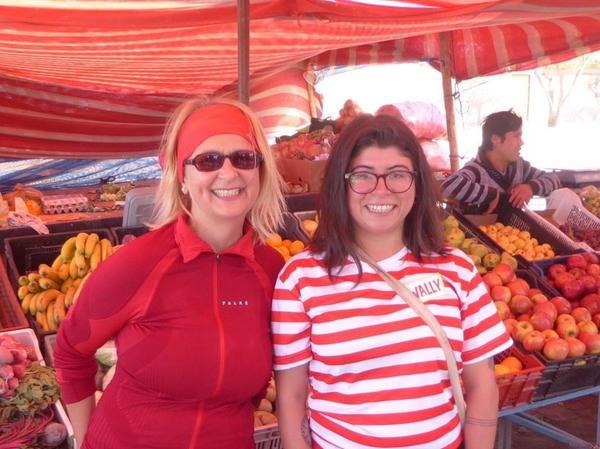 Priscilla (rechts) führte Elke Zapf durch San Pedro de Atacama