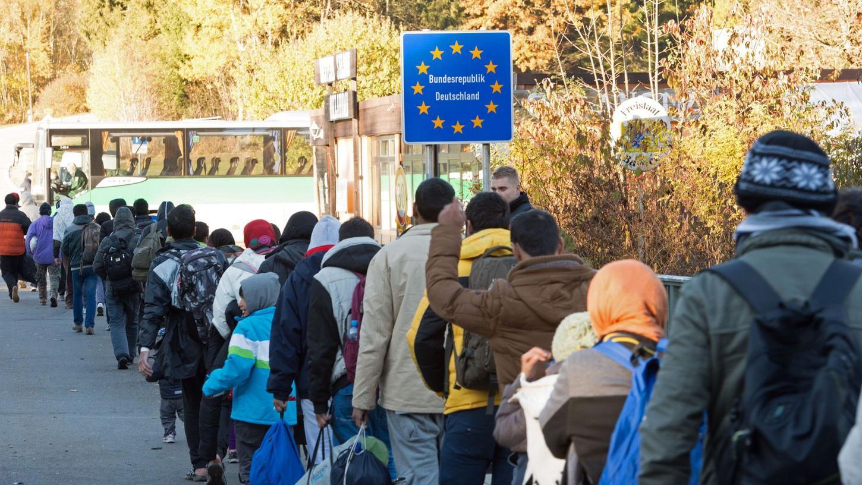 Studie: Warum Flüchtlinge nach Deutschland kommen - Politik | Nordbayern