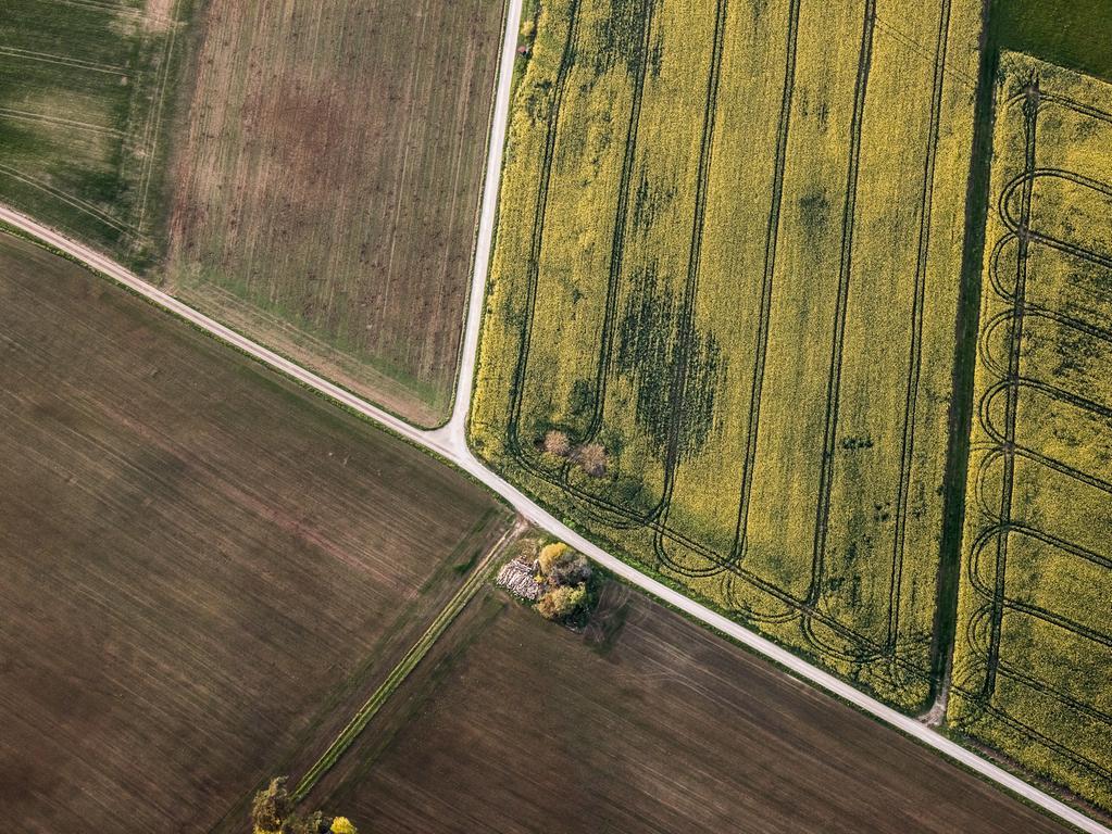 Der Landkreis Forchheim von oben, fotografiert vom Ebermannstädter Fotografen Tom Schneider, bei einer Fahrt im Heißluftballon. Die Fahrt startete in Streitberg und führte über Birkenreuth und Wichsenstein.
