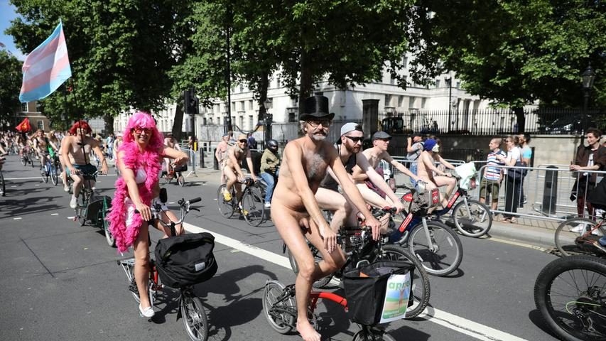 Cyclists take part in the annual World Naked Bike Ride in central London, Britain, June 10, 2017. REUTERS/Marko Djurica TEMPLATE OUT