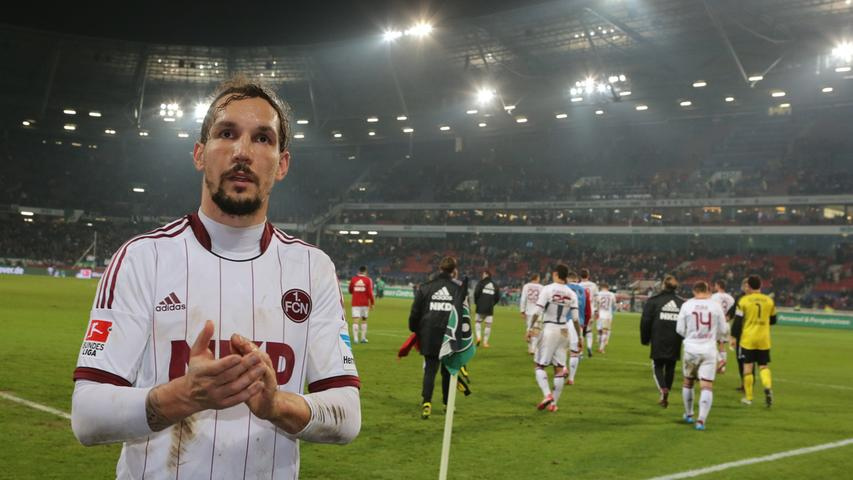 Während der Club im Vorjahr mit dem selben Trikot noch Rang zehn belegte, muss der Rekordabsteiger 2014 zum achten Mal den Gang in die 2. Bundesliga antreten.