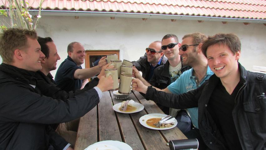 Der Fünf-Seidla-Steig ist DER Brauereiwanderweg in der südlichen Fränkischen Schweiz und führt durch die Gemeinden Gräfenberg und Weißenohe. Gut, bisweilen hat der achtlose Bier-Tourismus einen schalen Beigeschmack (Stichwort Vatertag), doch wer landschaftlich reizvolles Wandern und schmackhaftes Bier mag, ist hier auch im Sommer einfach gut bedient.