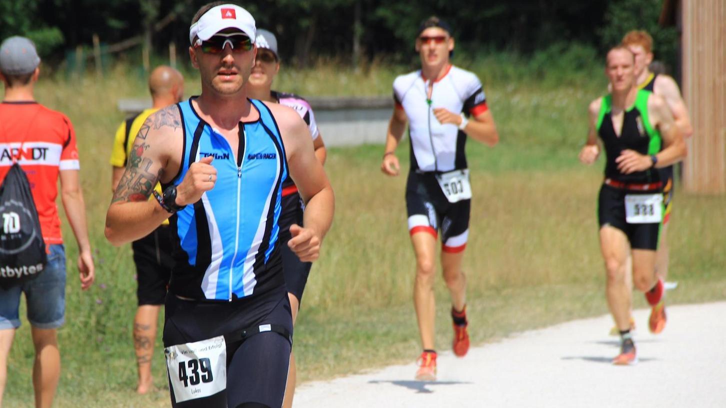 27 TWin-Athleten sind beim Rothsee Triathlon gestartet. Vereinsmeister wurde Marco Benz.