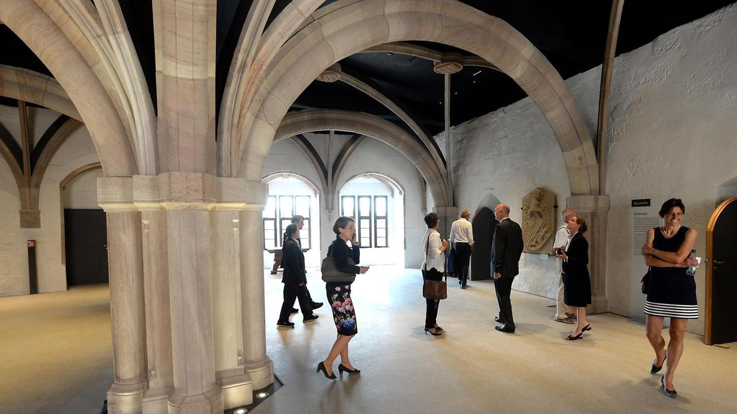 Heiraten im gediegenen Ambiente eines kreuzgratgewölbten Saales: Die Cadolzburg macht's möglich. Der Marktgemeinderat hat den rekonstruierten Prunksaal der Hohenzollern jetzt entsprechend gewidmet.