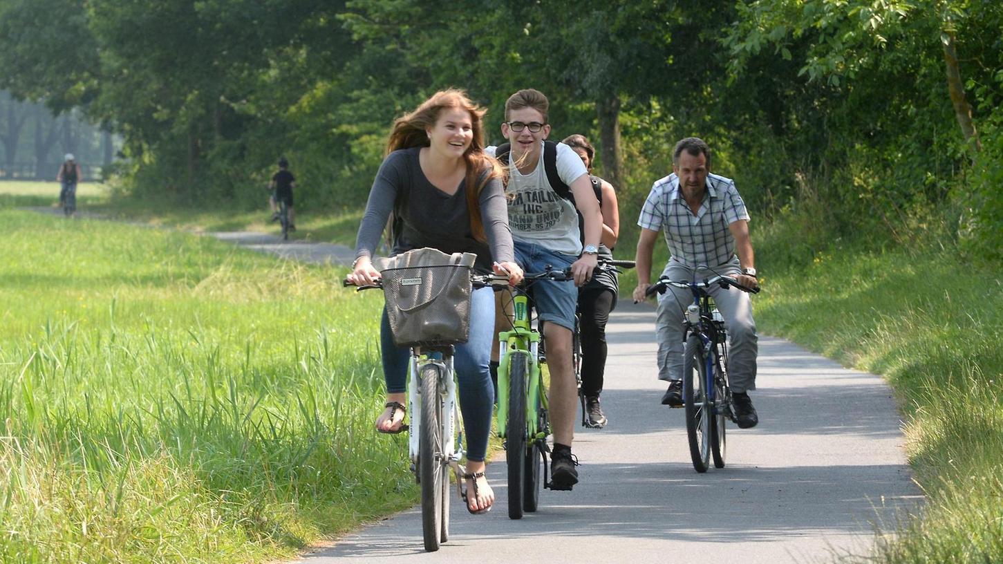 Wer gerne aufs Rad steigt, kann das jetzt mit doppelter Motivation tun: Beim Stadtradeln sammelt man Kilometer fürs Team und die Heimatstadt.