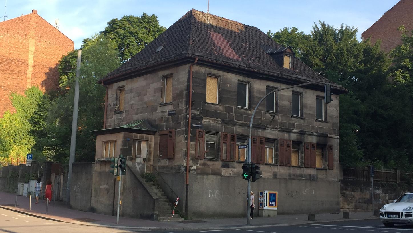 Die Pechhüttn in Fürth soll im Zuge der Errichtung von Neubauwohnungen saniert werden.