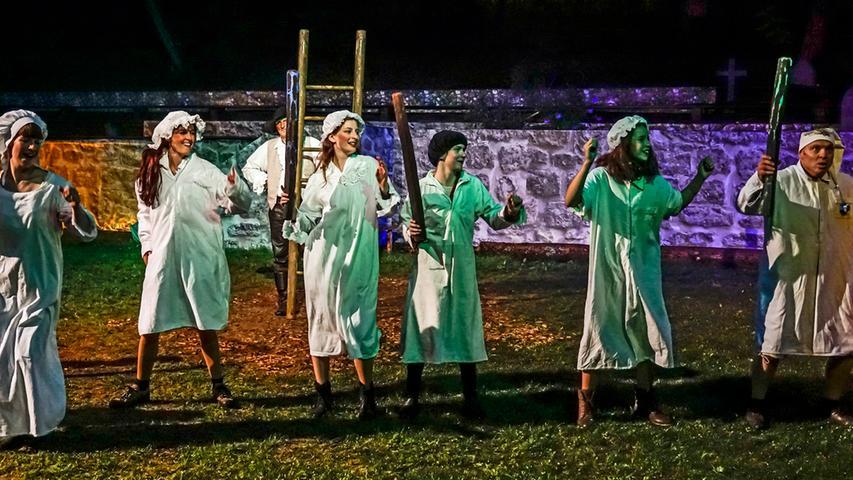 RESSORT: Pegnitz B1a Lokales Feuilleton..FOTO: HvD..MOTIV: Faust-Festspiele Pegnitz, Premiere der Komödie