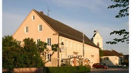 Gasthaus und Pension Zum Hirschen