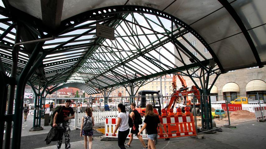 Baustelle am Hauptbahnhof: Bilder des täglichen Wahnsinns