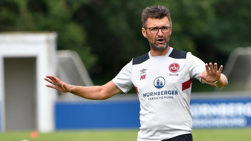 Es folgte eine verhältnismäßig ruhige und erfolgreiche Saison-Vorbereitung samt makelloser Club-Bilanz. Aber, wie Köllner hier schon anzeigt: Schön langsam machen.