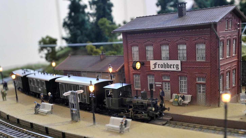 Die Marke Fleischmann - hier ein Zug aus der Länderbahn-Zeit - genießt unter Modellbahn-Fans einen exzellenten Ruf. Doch der Hersteller, die Modelleisenbahn-Holding, steht zum Verkauf.