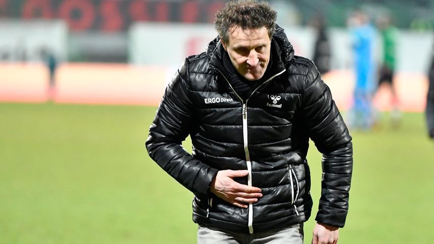 In der Rückrunde bleibt die Spielvereinigung unter seiner Regie stattliche neun Zweitliga-Partien ungeschlagen, besiegt zu Hause die Spitzenreiter Hannover und Stuttgart ...