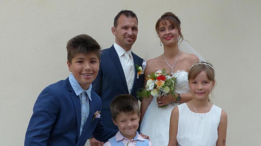 Seit sieben Jahren sind Thomas Kreml aus Reichertshofen und Christina Metz aus Beilngries ein Paar und inzwischen standesamtlich verheiratet. Nun erbaten sie sich den Segen der Kirche in der Freystädter Wallfahrtskirche