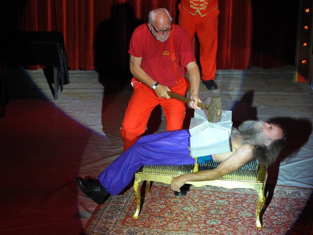 Motiv: 30 Jahre Circus Sambesi..Ort: Freystädter Str...Datum:020917..Foto: André De Geare..