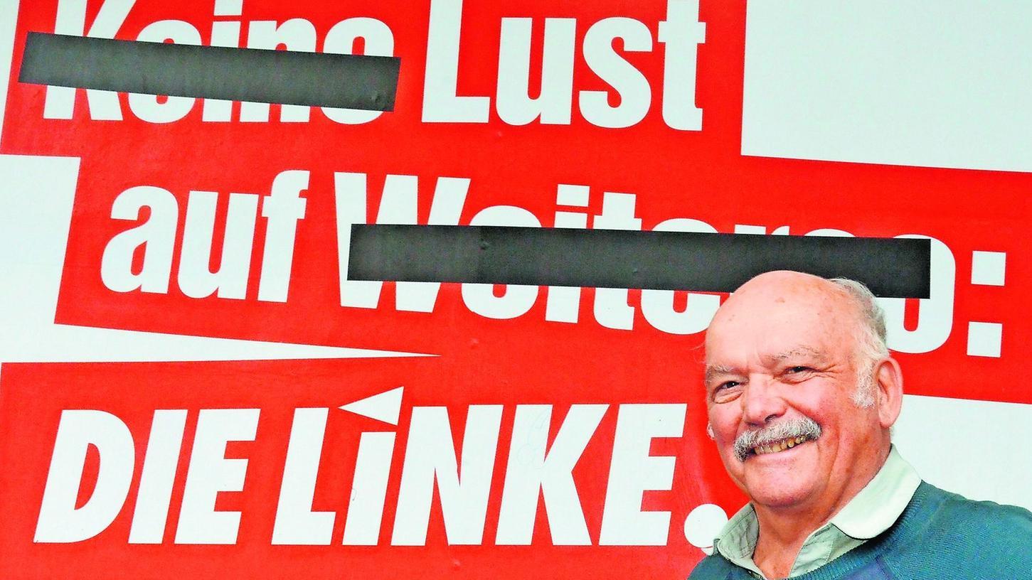 """""""Der Slogan gefällt mir"""", sagt Dr. Helmut Johach. Dem """"Weiterso"""" stellt er eine linke Alternative gegenüber. In der Sozial-, aber auch in der Außenpolitik."""