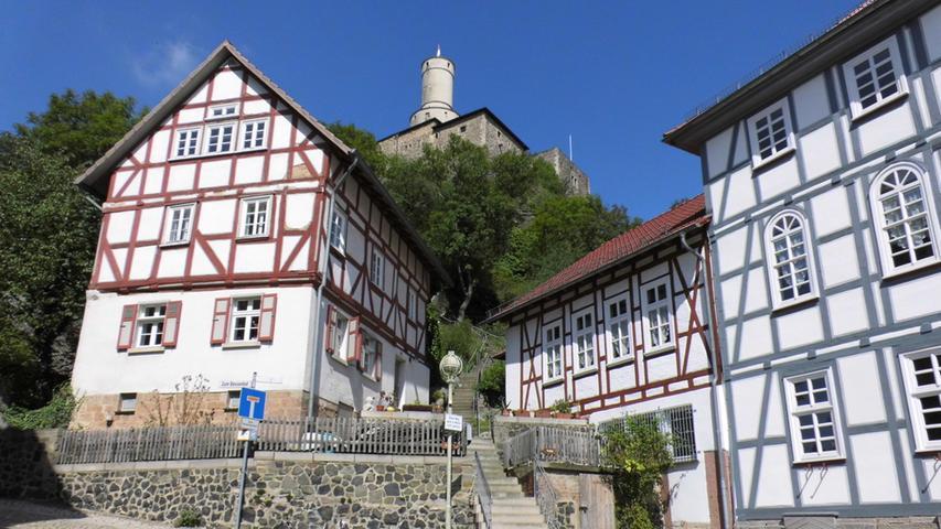 Felsburg in Felsberg, Fernradweg Ederradweg.