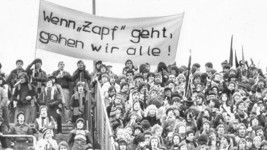 In der Saison 1979/80 spielte der 1. FC Nürnberg in der zweiten Fußball Bundesliga...