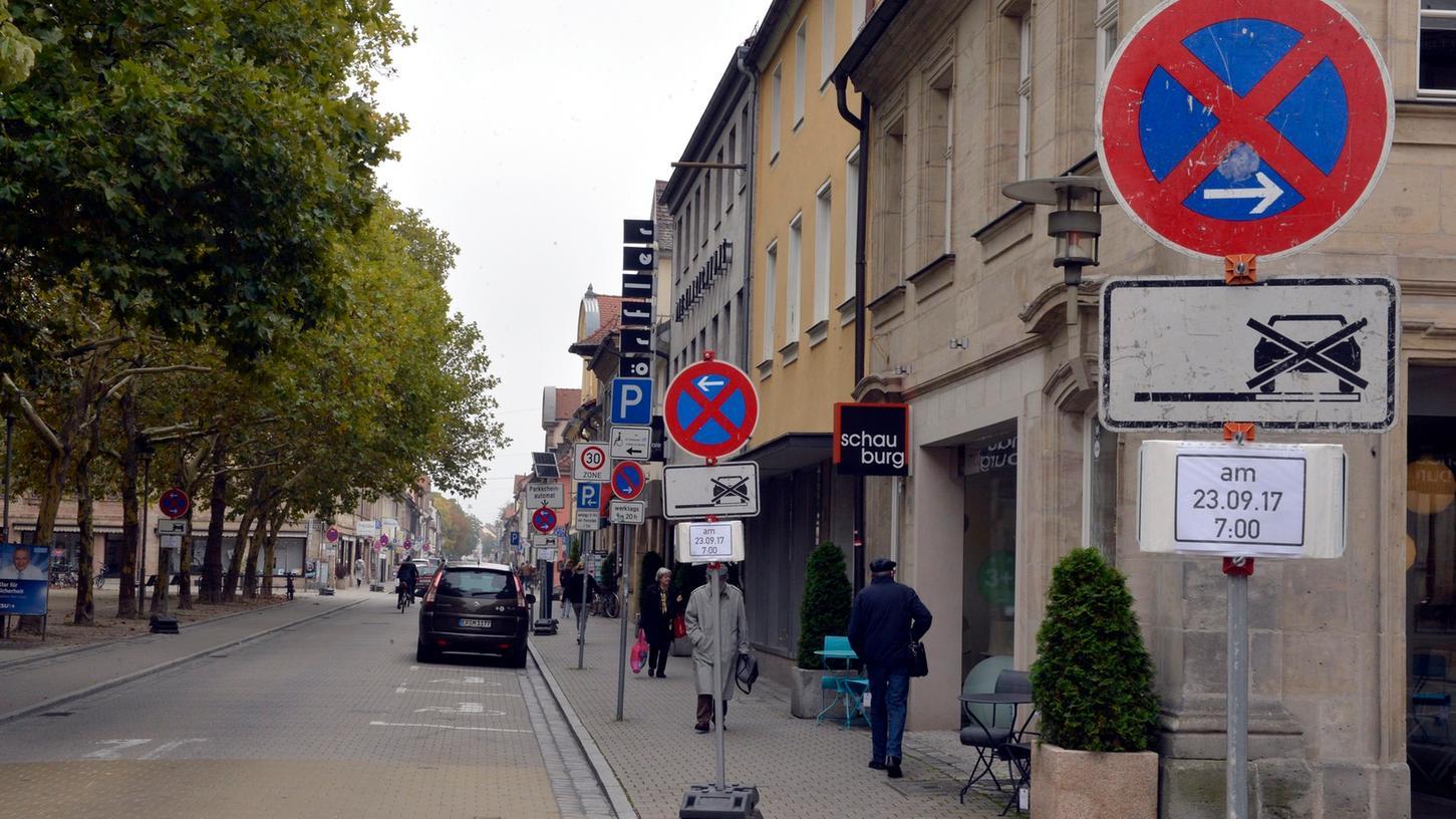 Erlangen: In der Friedrichstraße gilt am Samstag ein absolutes Halteverbot.