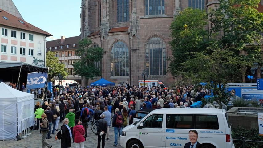 Motiv: Kundgebung zum CSU-Wahlkampf-Finale..mit Herrmann und Söder / Reden und Vorstellung der Kandidaten......Datum: 21.09.2017.. ..Fotograf: Roland Fengler....Ressort: Lokales....Exklusiv