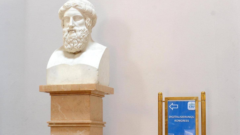 Was der antike Philosoph Platon wohl von der Digitalisierung gehalten hätte?