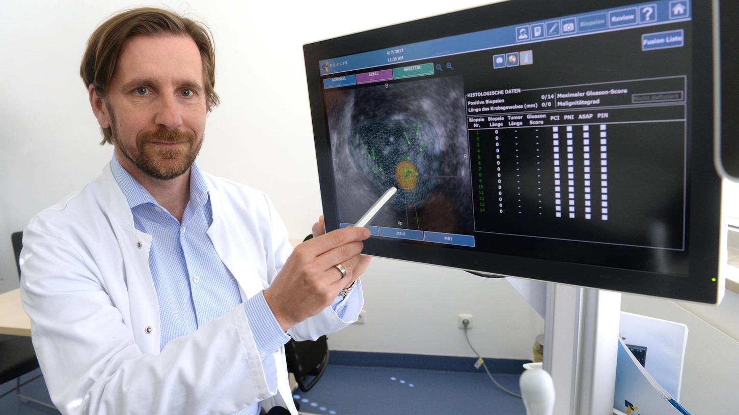 Auch andere Kliniken sehen sich an, wie Prof. Dr. Andreas Blana und sein Team Prostatakrebs behandeln.