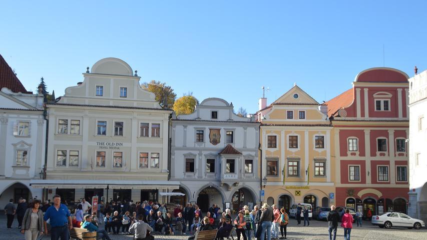 Krumau mit seiner prachtvollen Schlossanlage am Moldaubogen gilt als die