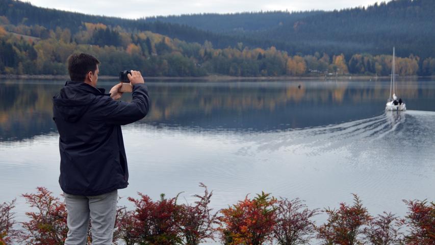 Der Pottensteiner Bürgermeister Stefan Frühbeißer zeigte sich begeistert vom Tourismusangebot rund um den See.